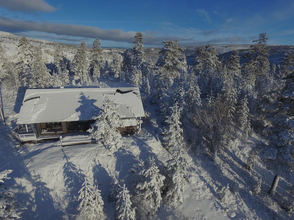Aschermittwoch in norge neuschnee beim ferienhaus in for Norwegen haus